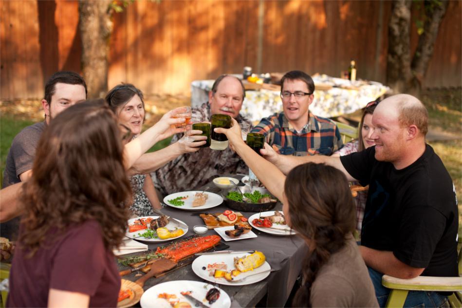 sharing-food-holidays