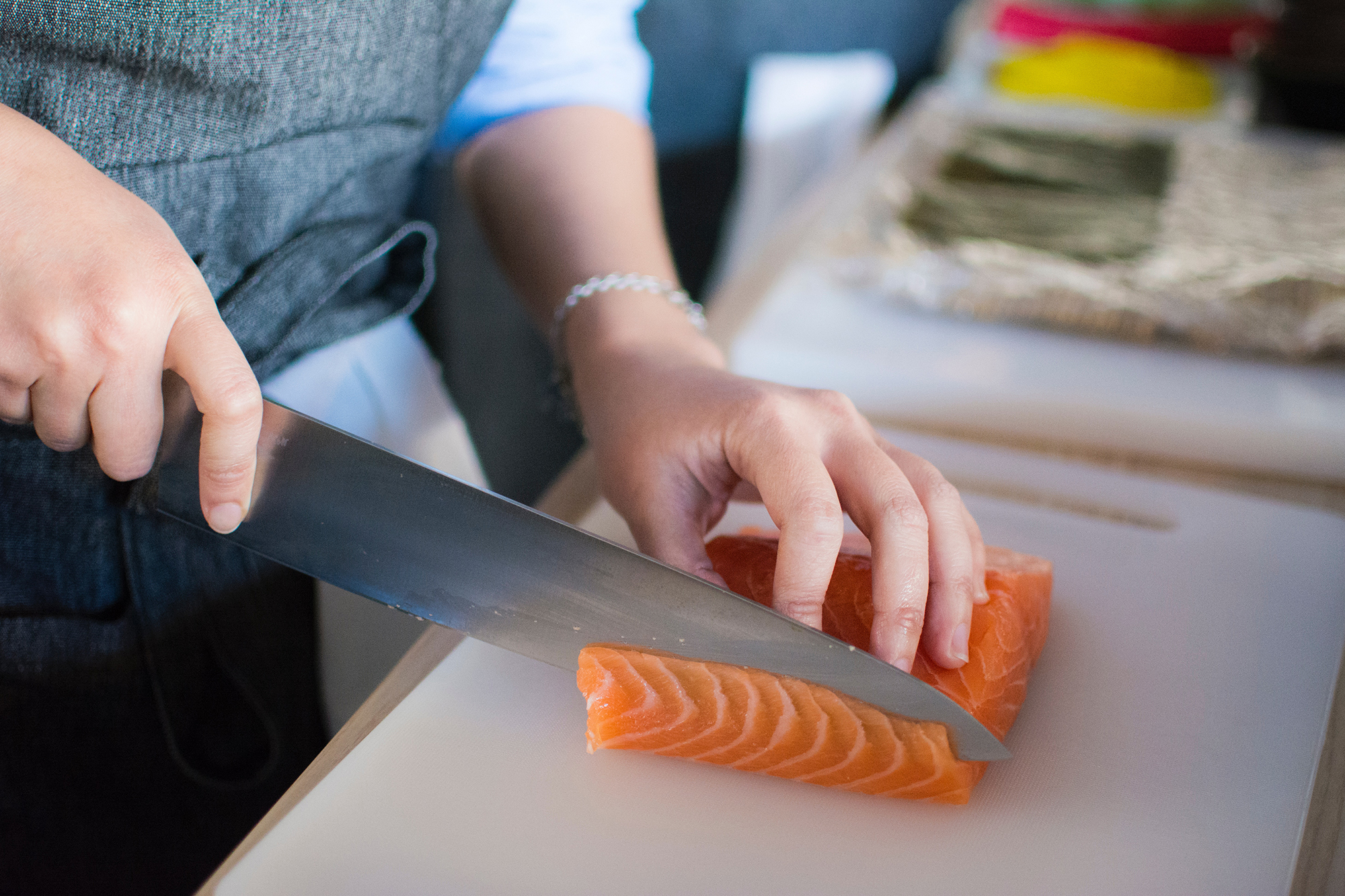 How to Make Smoked Salmon in an Electric Smoker